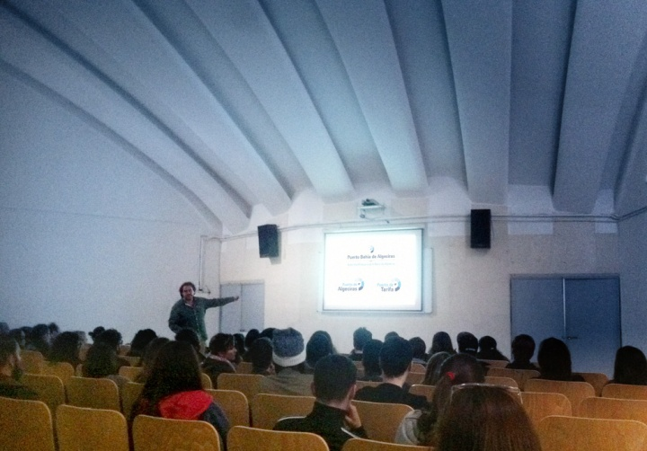 Conferencia de Boceto Comunicación en el Salón de Actos