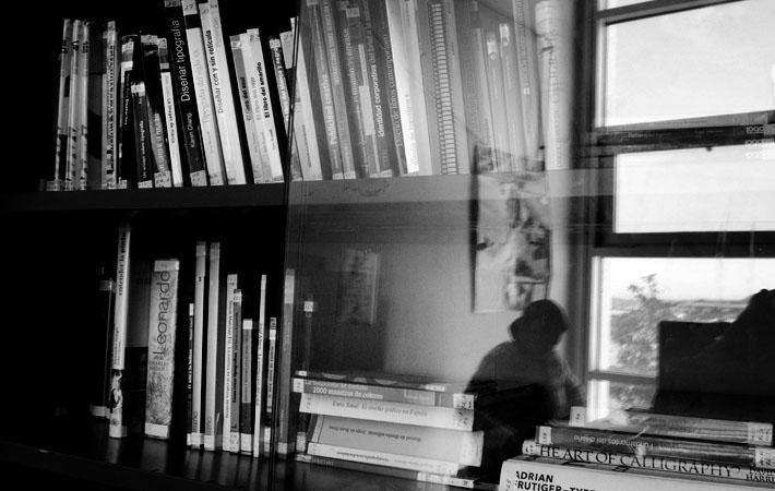 Libros y revistas especializados en arte ydiseño gráfico. Foto: Luis Sánchez